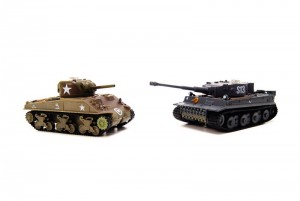 Танковый бой VSTank X- VSX (German Tiger I + US M4 Sherman) 1:72 ИК фото